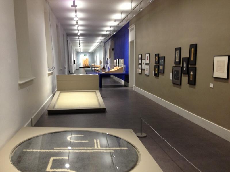 Eileen Gray: Architect Designer Painter   Mary Cremin