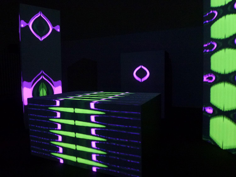 Ocusonic, Chasing Waves, 2011 Digitised analog audio visual installation