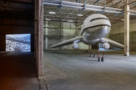Aleksandra Mir, Plane Landing, courtesy of Magnetism, Hazelwood Estate, 2015